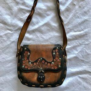 Vintage leather shoulder bag hippie chic